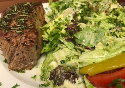 gasthaus zur gerste steak mit salat